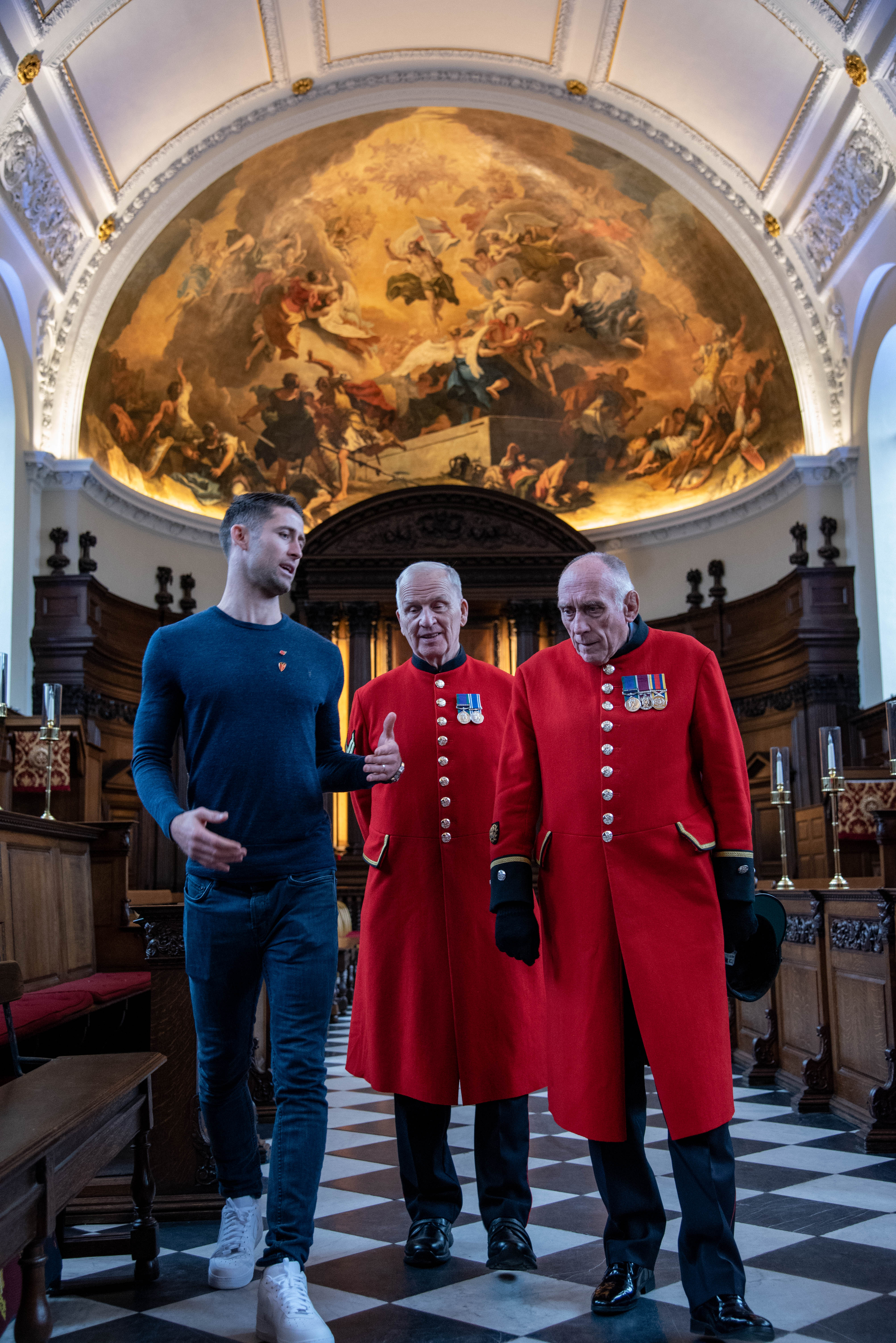 Chelsea Pensioners & Gary Cahill in the Wren Chapel