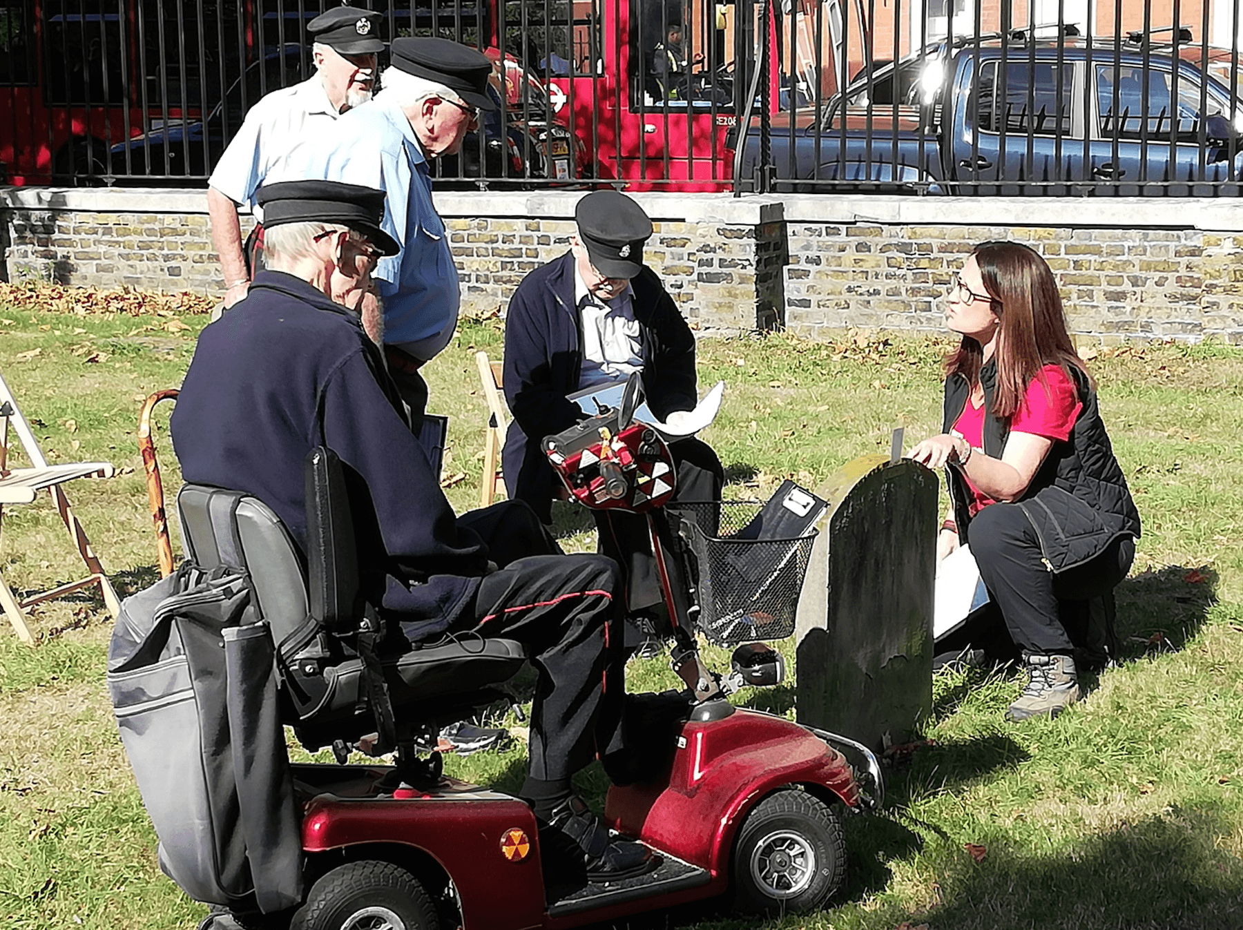 Tina and the Chelsea Pensioners in the Royal Hospital Burial Ground