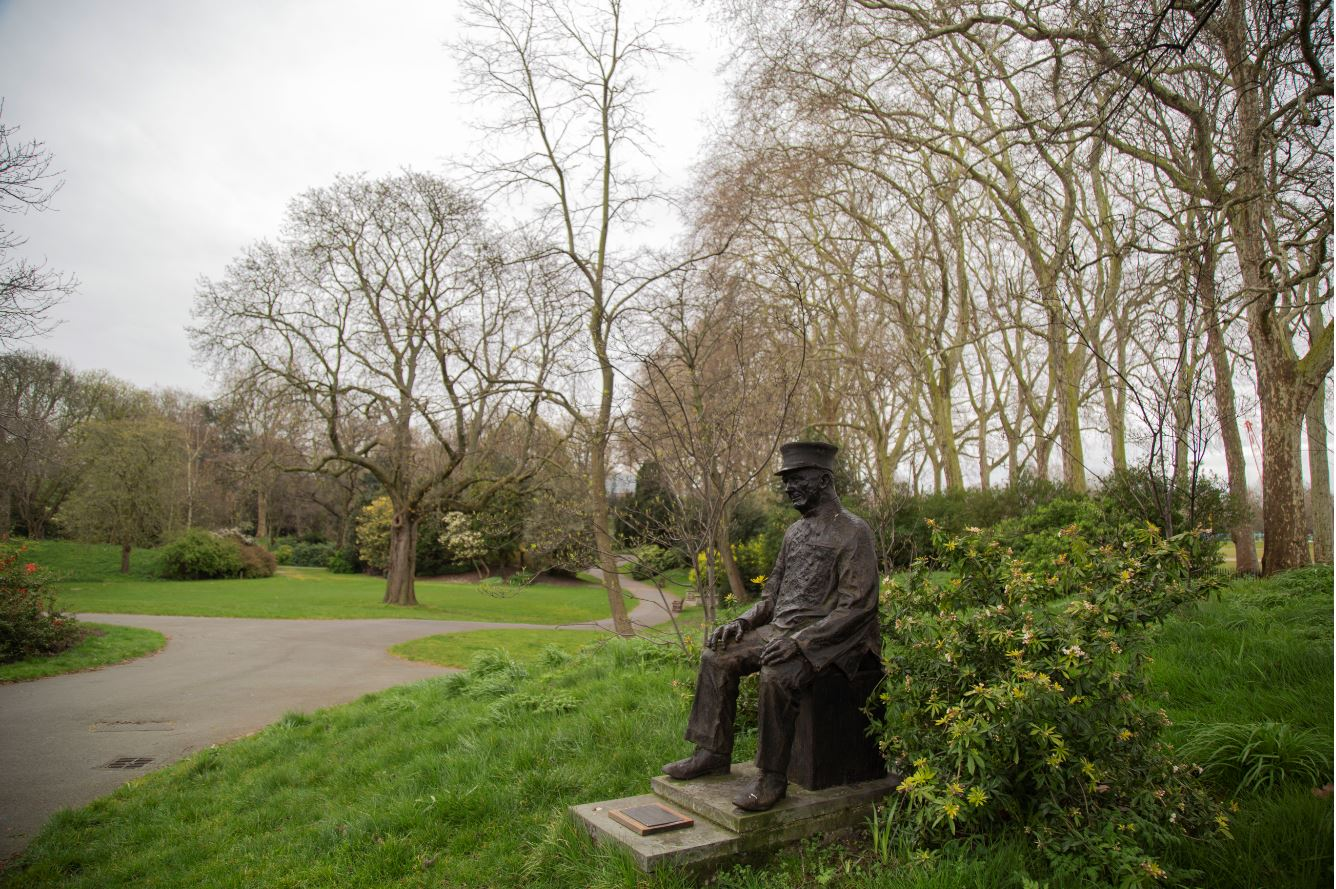 A statue of a Pensioner in Ranelagh Gardens