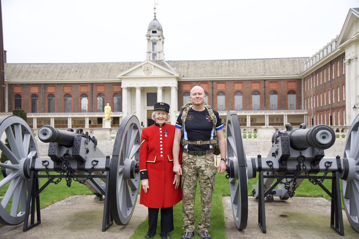 Dean with his mother, and Chelsea Pensioner, Mary