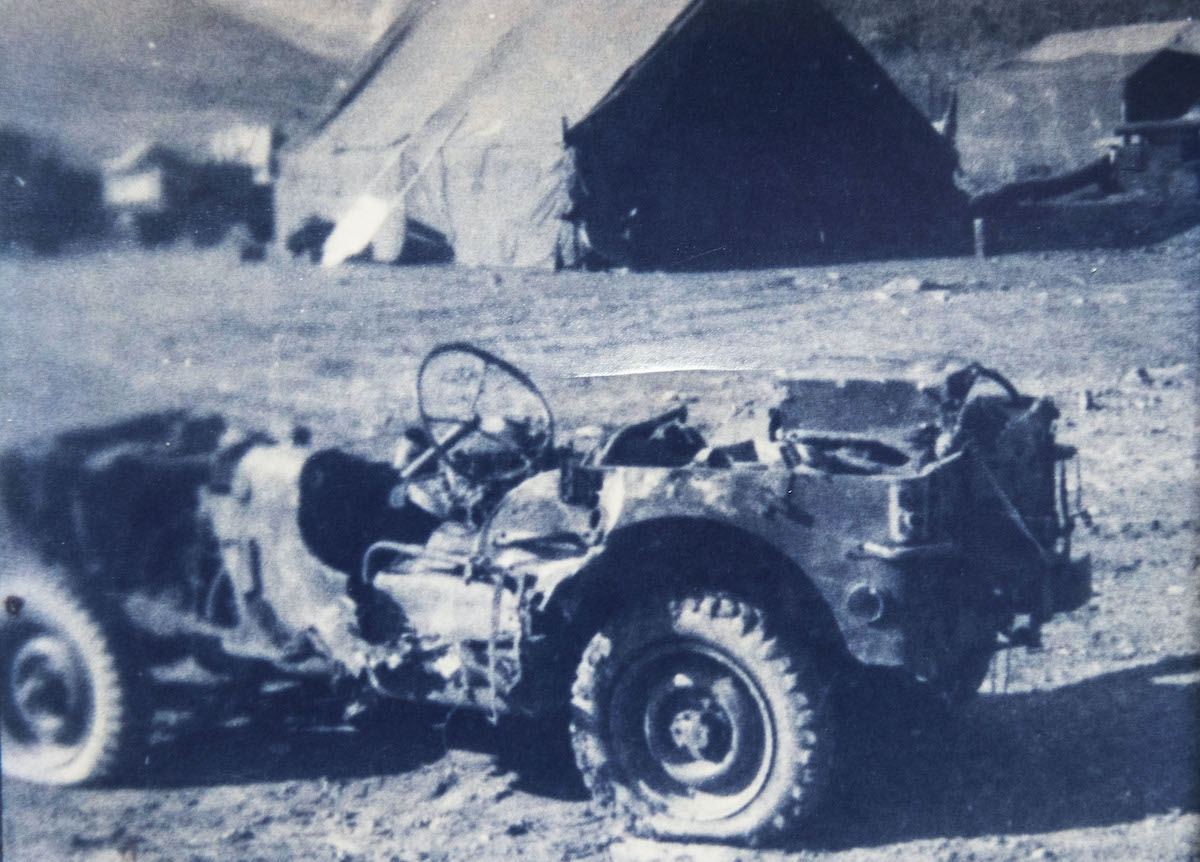 Gerry Farmer - Damaged Jeep