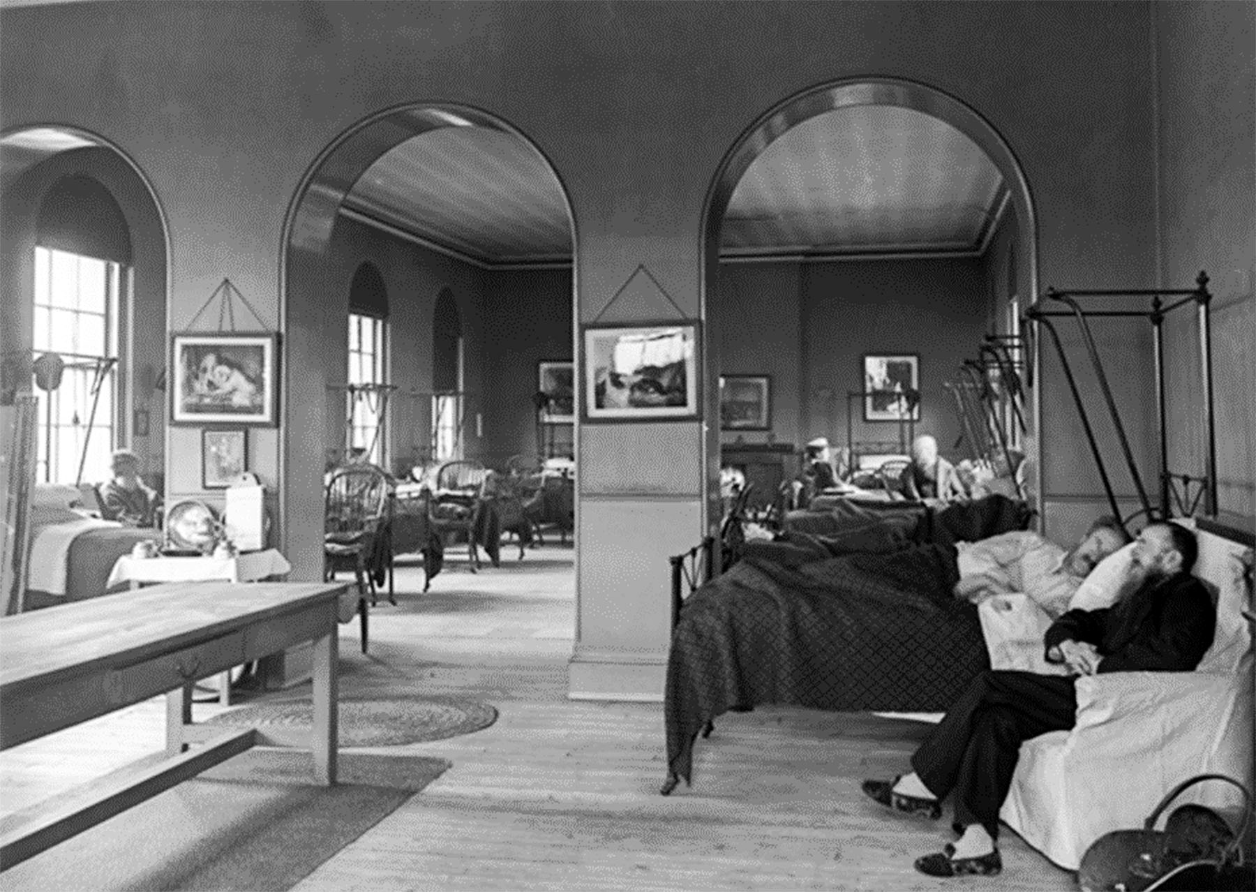 This view of the Infirmary's interior was taken in the early 20th century.