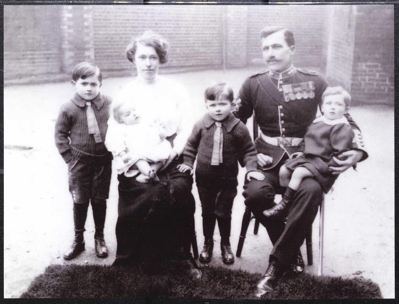 Ernest Ludlow & Family