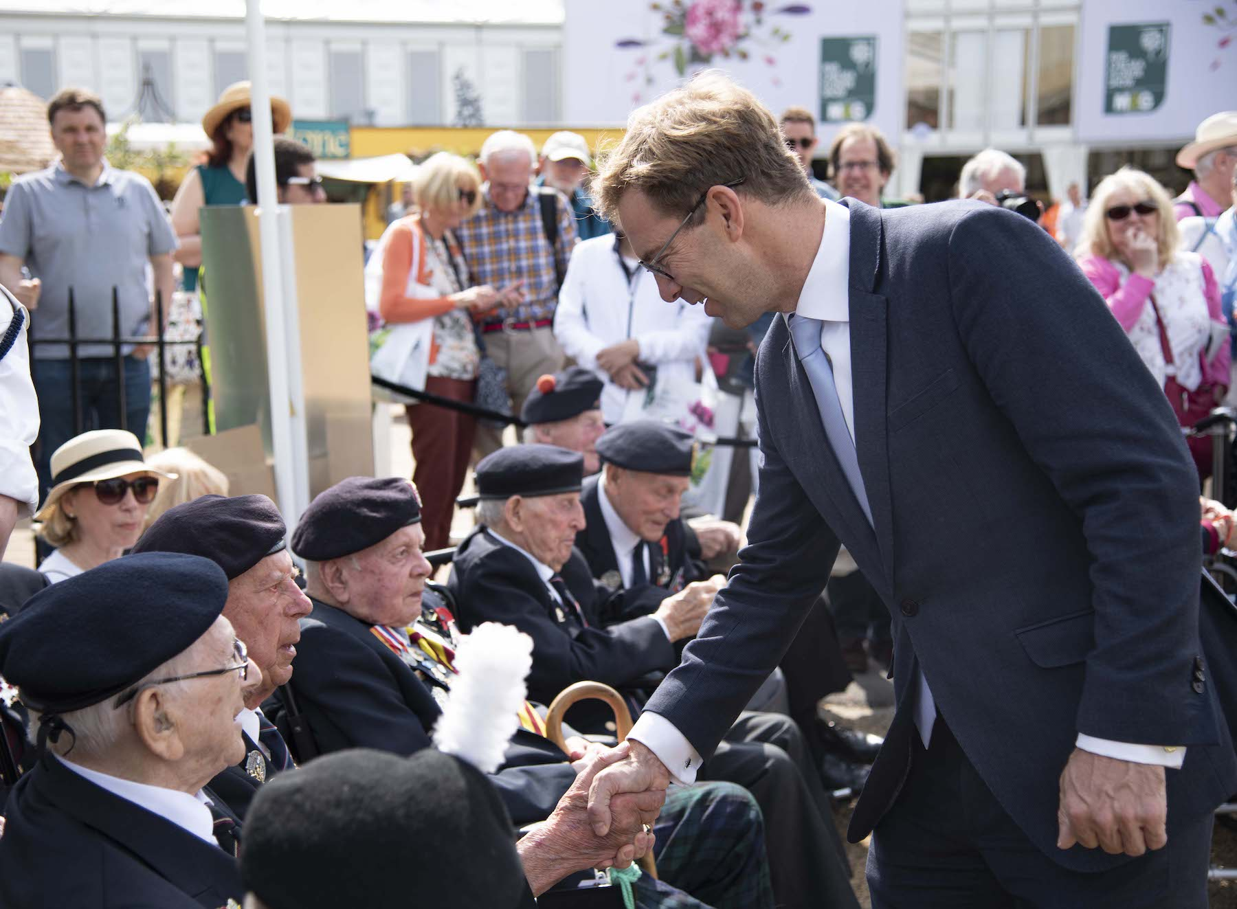 MP Tobias Ellwood meets the Chelsea Pensioners and D-Day Veterans