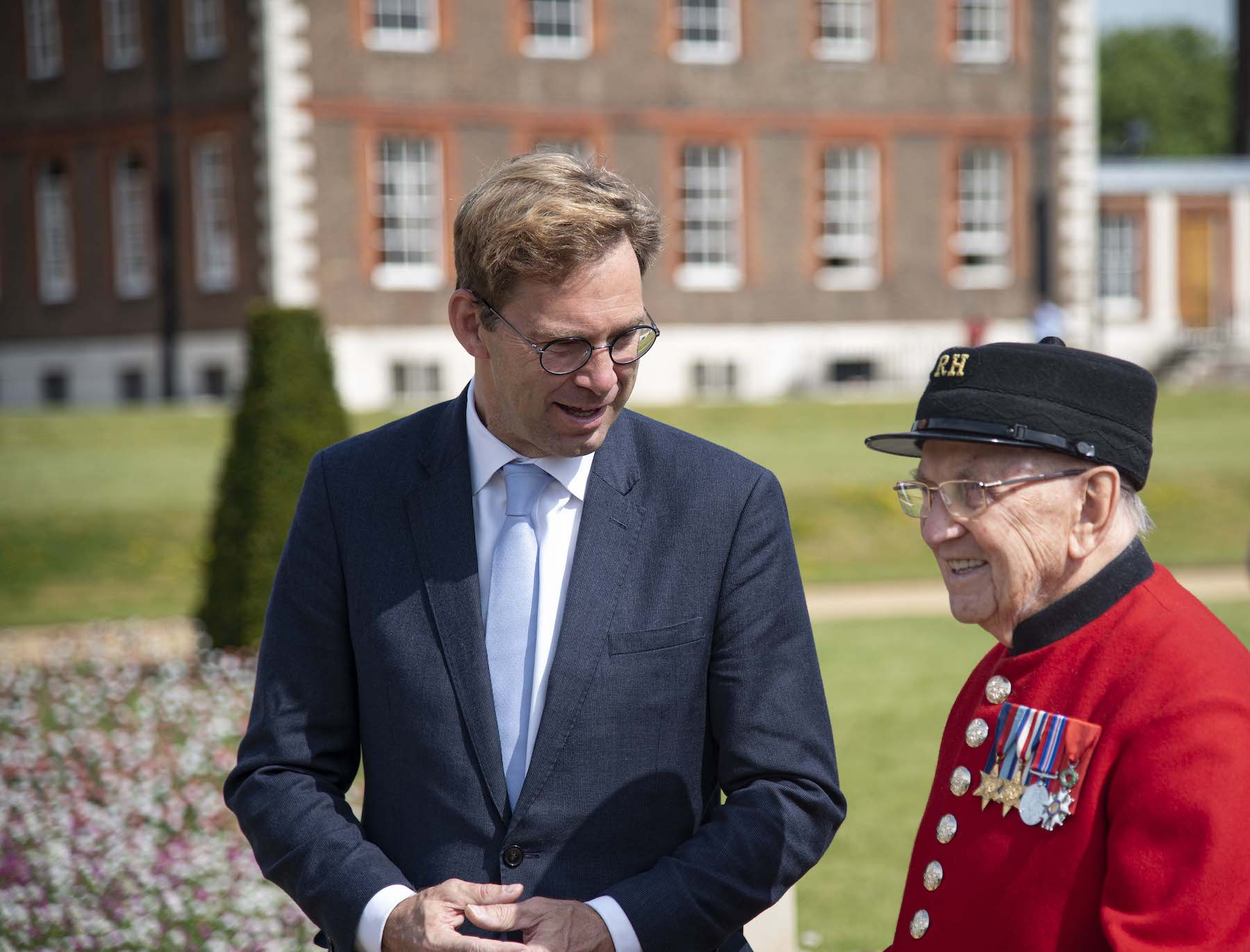 MP Tobias Ellwood meets Bill Fitzgerald